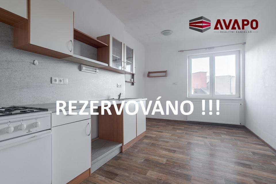REZERVOVÁNO !!! Pronájem velkého bytu 1+1 s možností parkovacího místa ul. Olomoucká, Opava