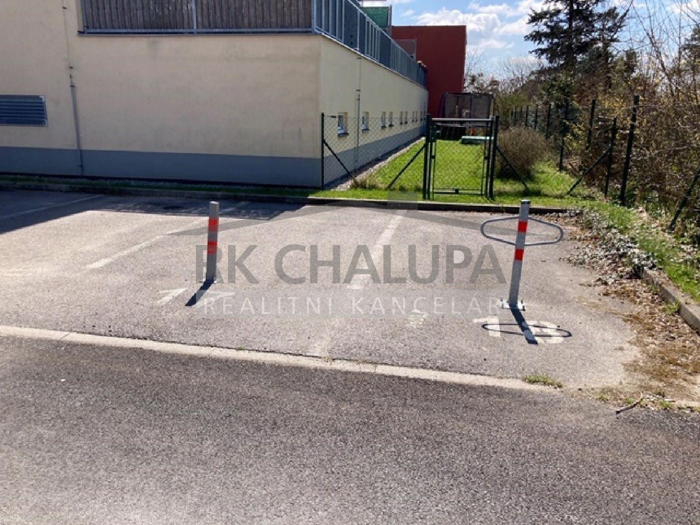 Prodej parkovacího stání, na 1 automobil, u bytového domu, ul. Zahradní, Ševětín, 13 m2