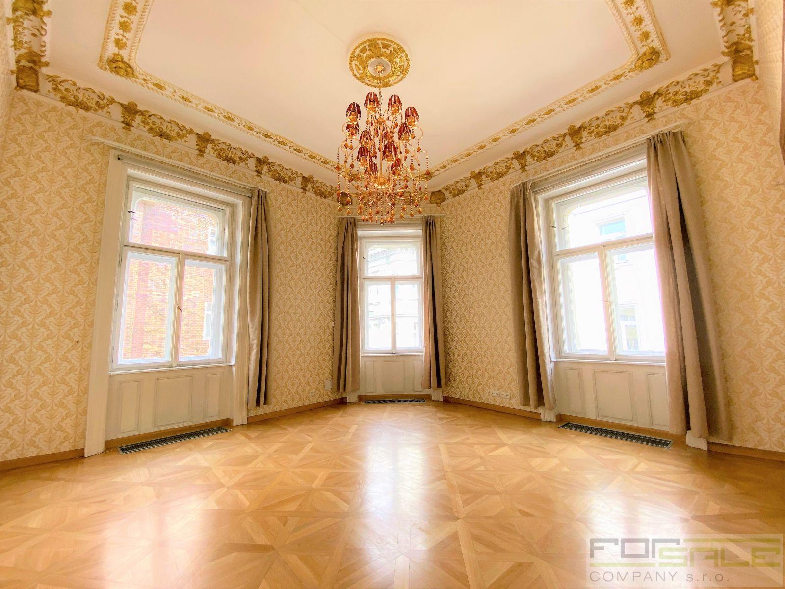 Prodej luxusního bytu 3+1/G, 130m2, OV, Praha 1  ul. Školská