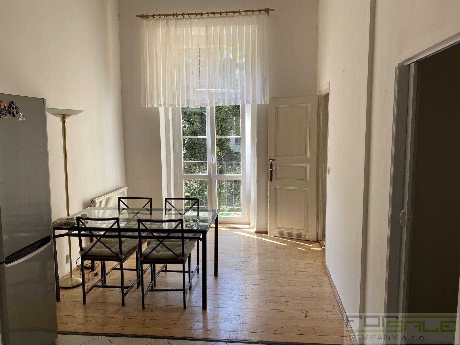Pronájem prostorného bytu 4+1/B, 150m2, Vinohrady