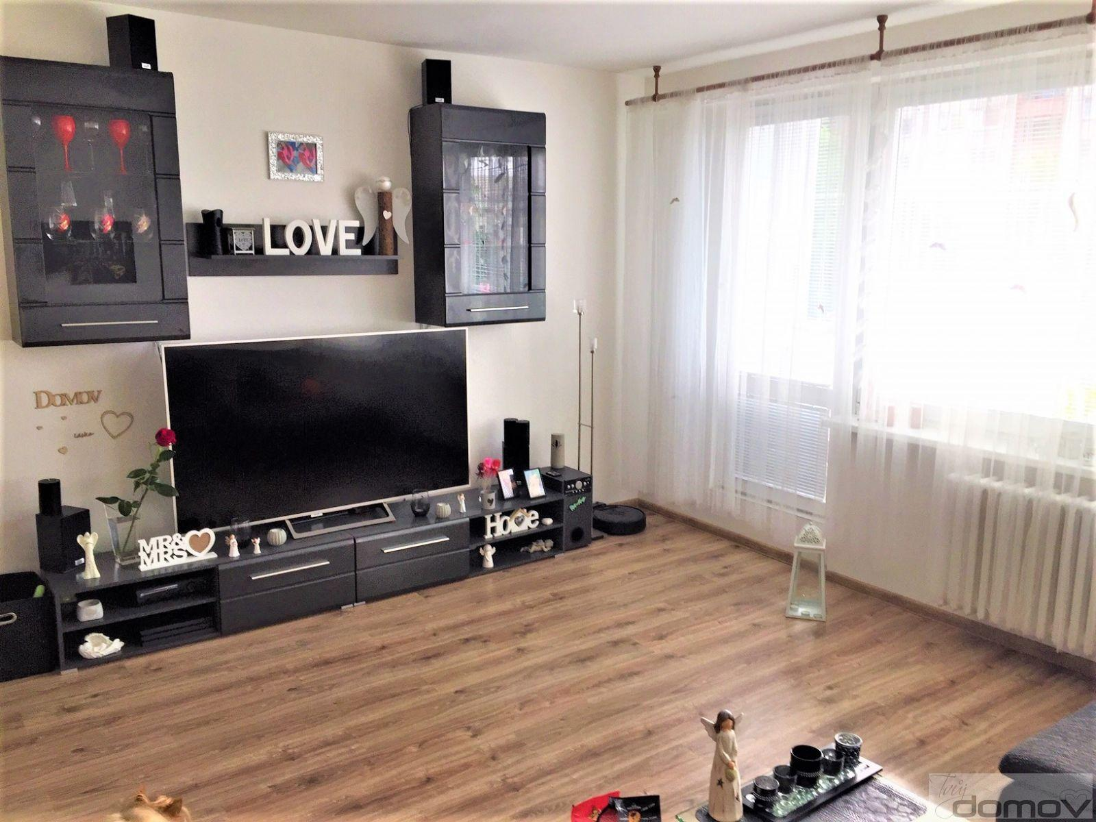 Prodej bytu 2+1 s balkonem ve Frýdku