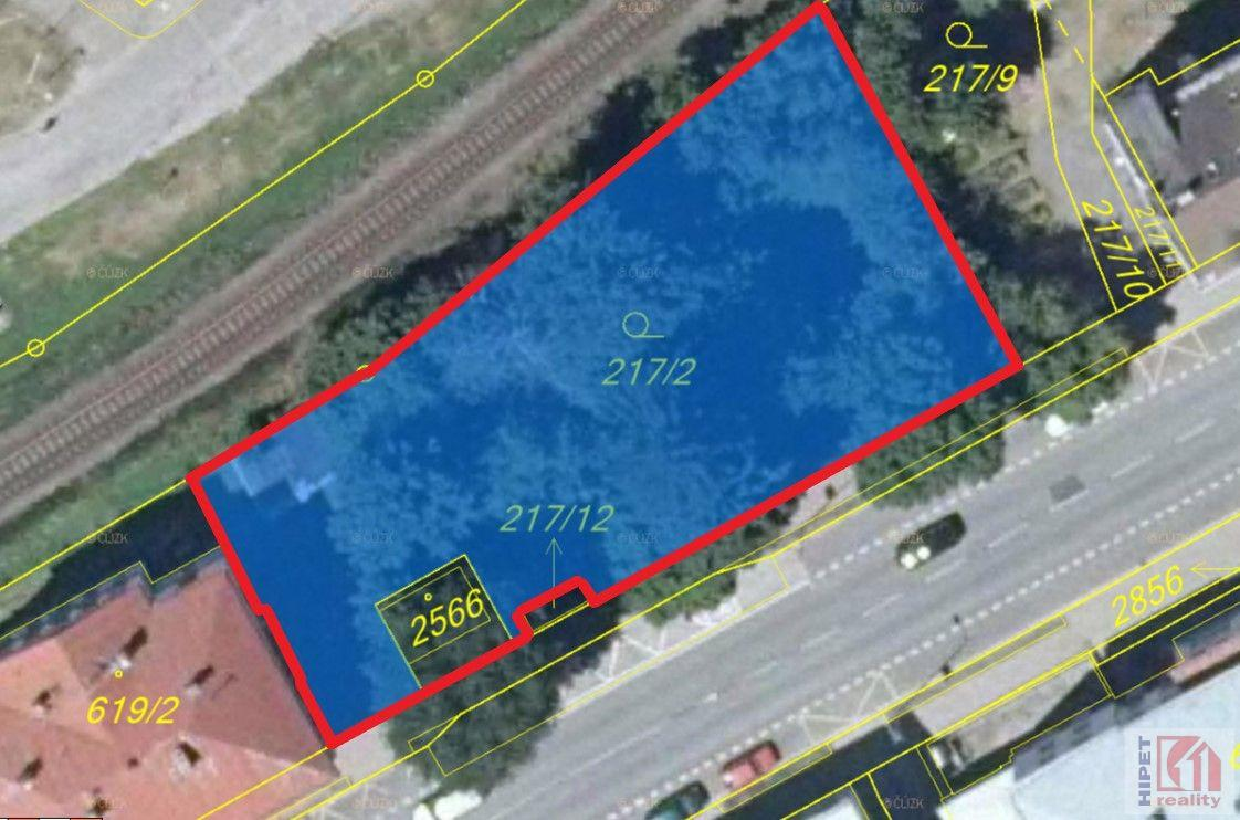 Prodej stavebního pozemku 1093 m2 v Trutnově