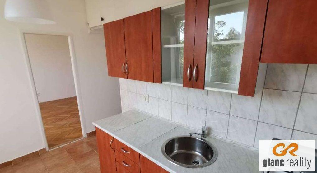 Pronájem prostorného bytu 1+1+ balkon, ul. Sokolovská, Ostrava-Poruba