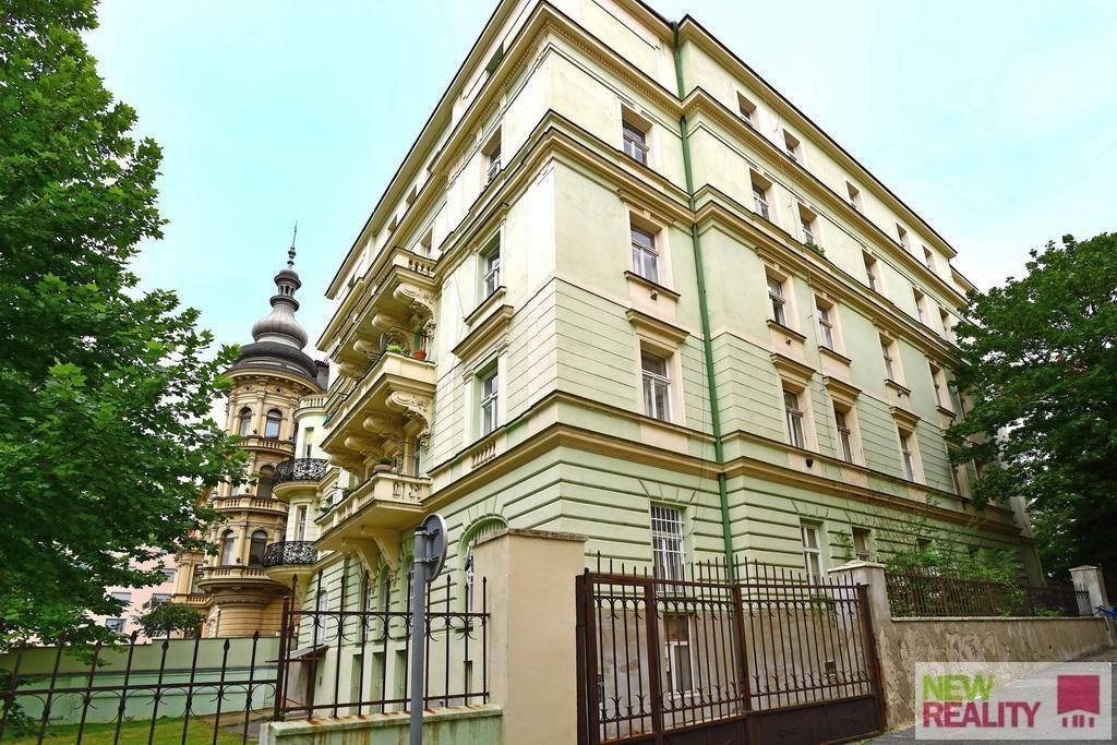 Prodej bytu 1+kk, o výměře 23,30 m2 + sklepem 5 m2, ulice Jana Masaryka, Vinohrady, Praha 2
