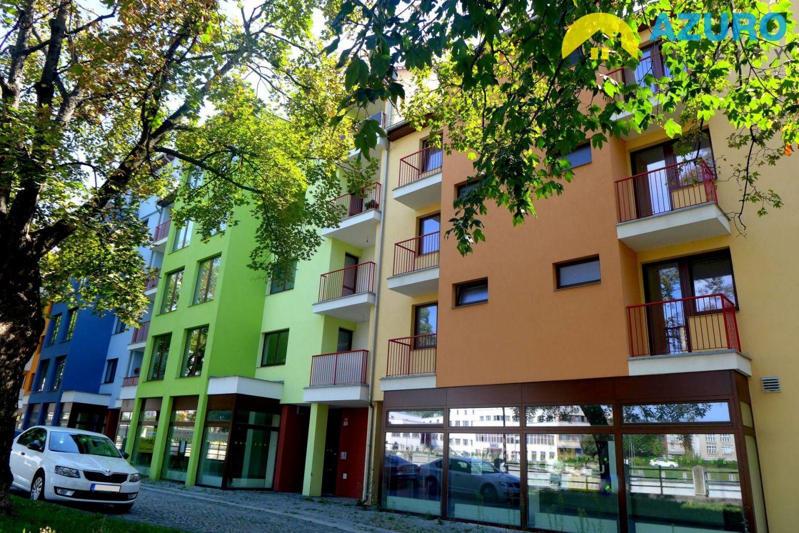 Prodej nebytového prostoru 89 m2 v novostavbě bytového domu na nábř. PFB v Přerově