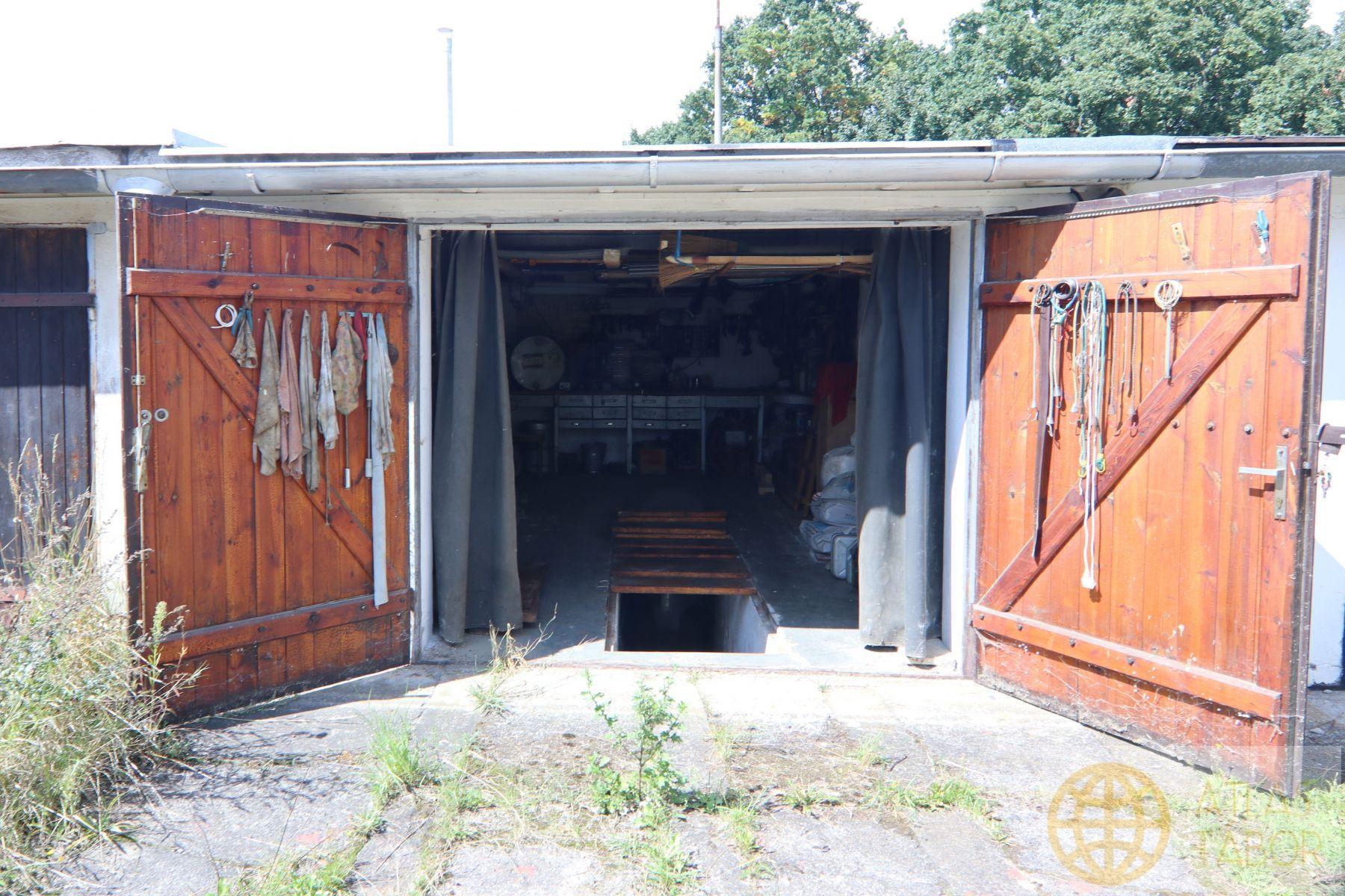 Prodej garáže v Sezimové Ústí II