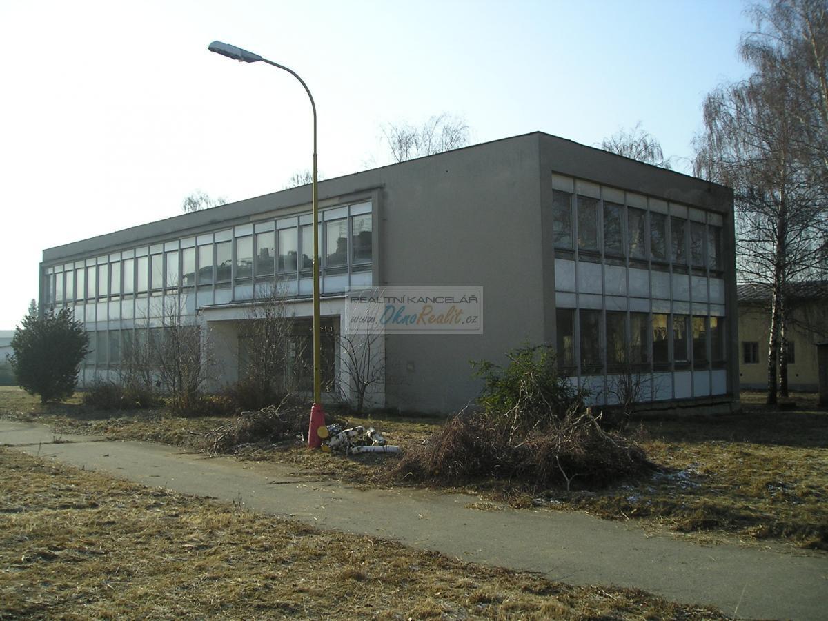 Prodej dvoupodlažní budovy bývalého štábu ,Želátovská Kasárna, Přerov