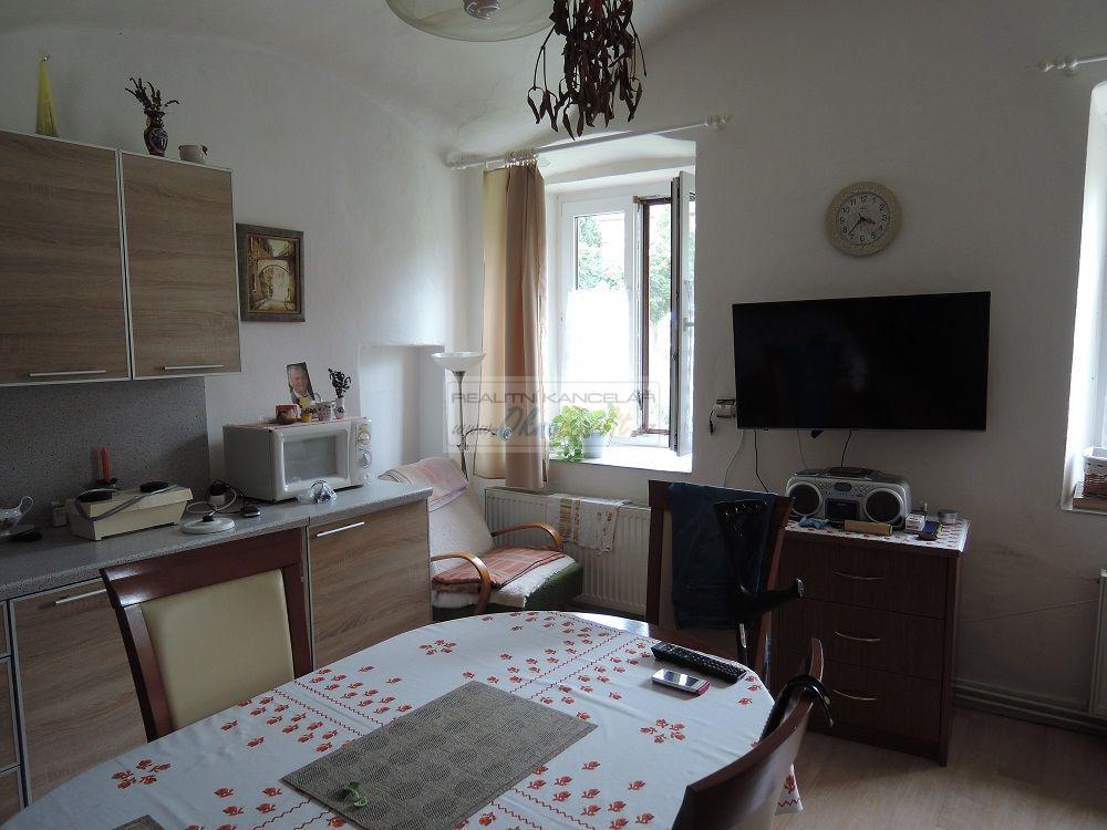 Prodej rodinného domu v centru Velkého Meziříčí - obr.Kuchyně v přízemí