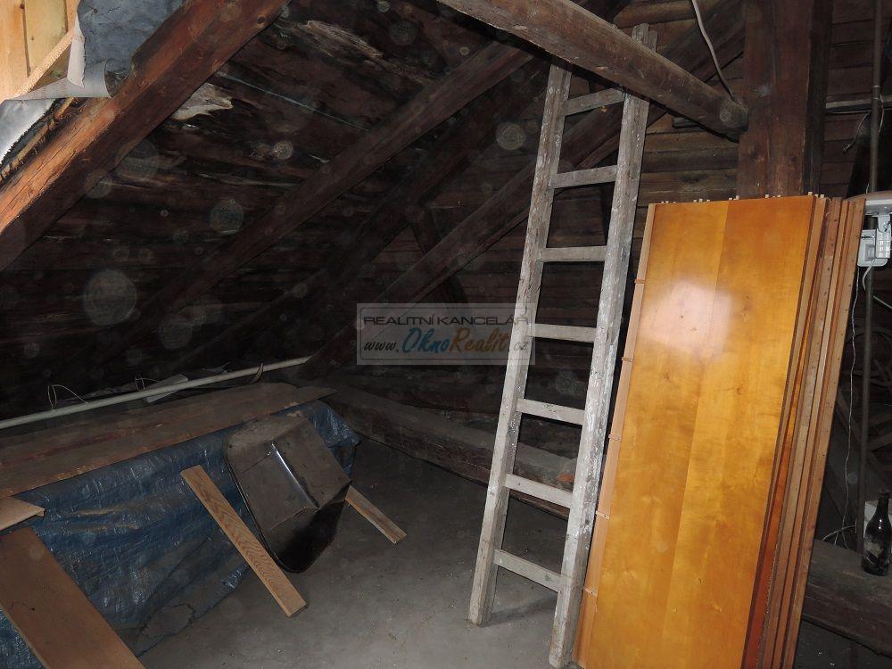 Prodej rodinného domu v centru Velkého Meziříčí - obr.Půda 7