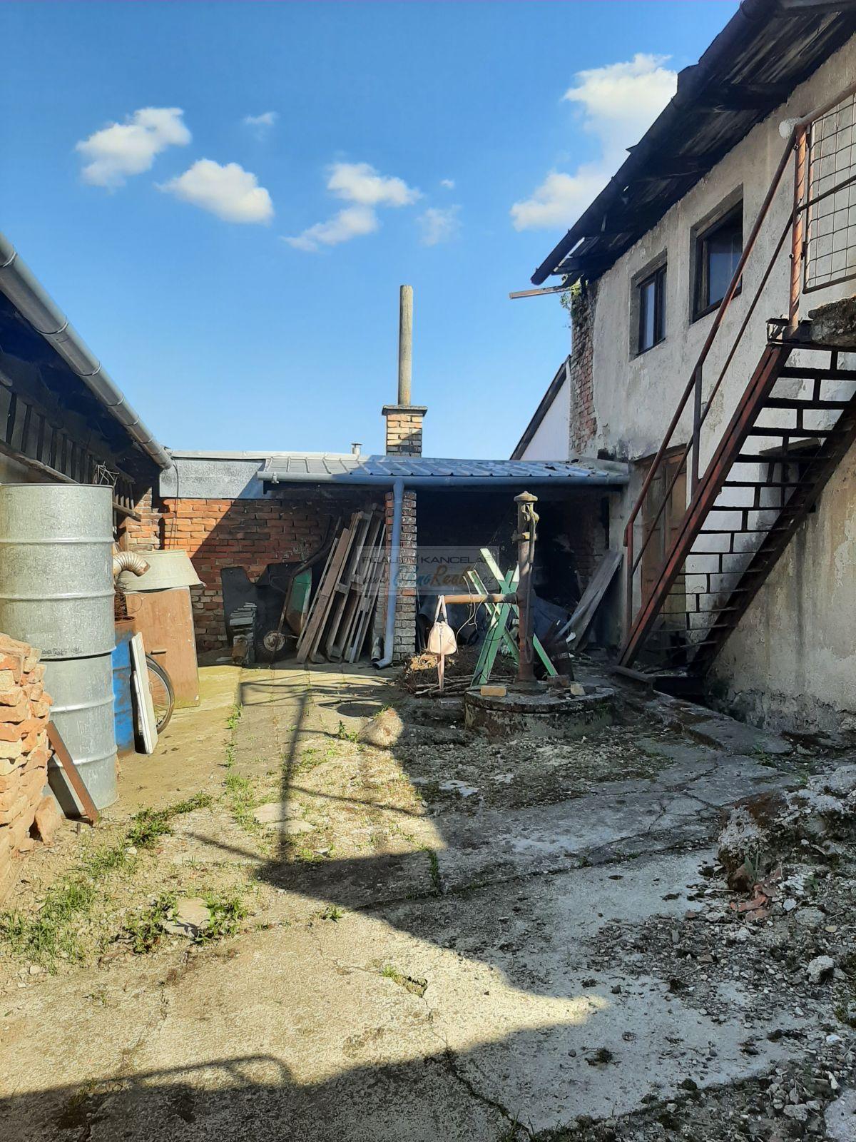Řadový rodinný dům 2+1 Hradisko, Kroměříž - obr.20210603_170220
