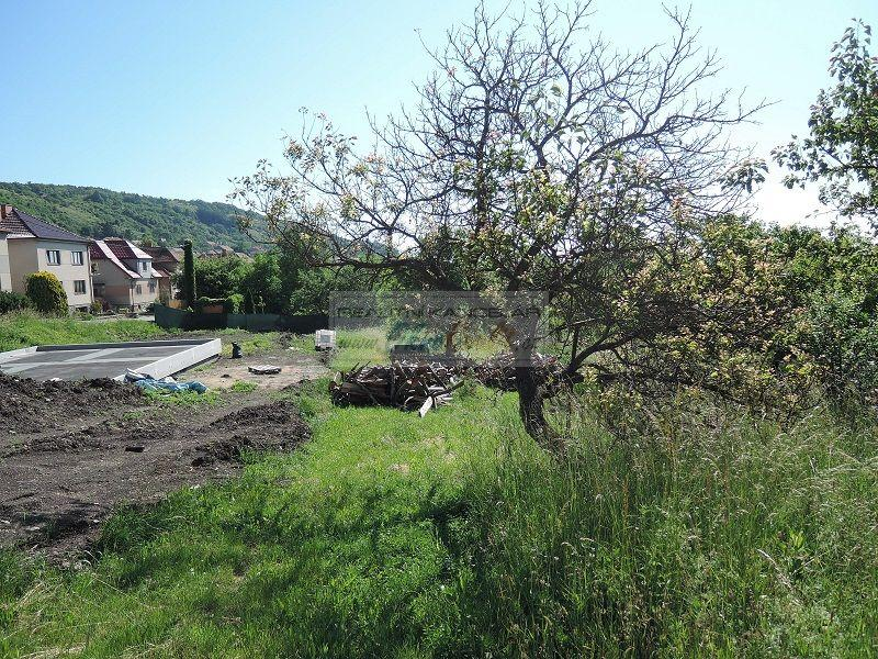 Pozemek k bydlení v obci Viničné Šumice - obr.pozemek9