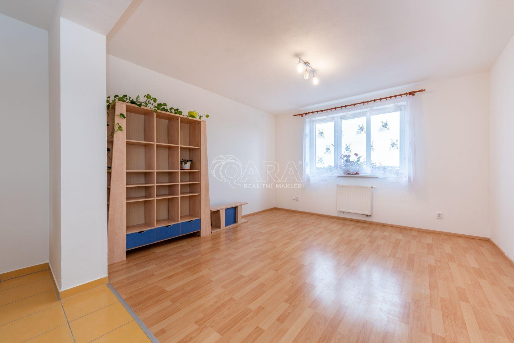 Pronájem, byt 2+kk, 59 m2, ul. U Párníků, Praha 9 - Čakovice