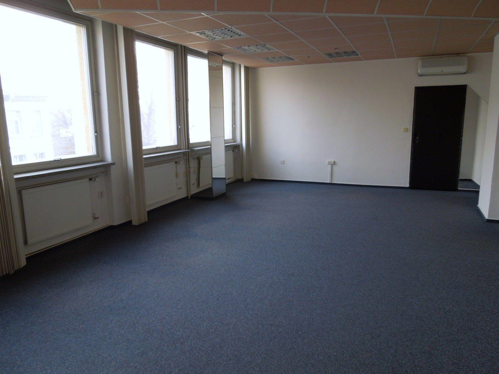 Pronájem kanceláře v Olomouci, Nová Ulice