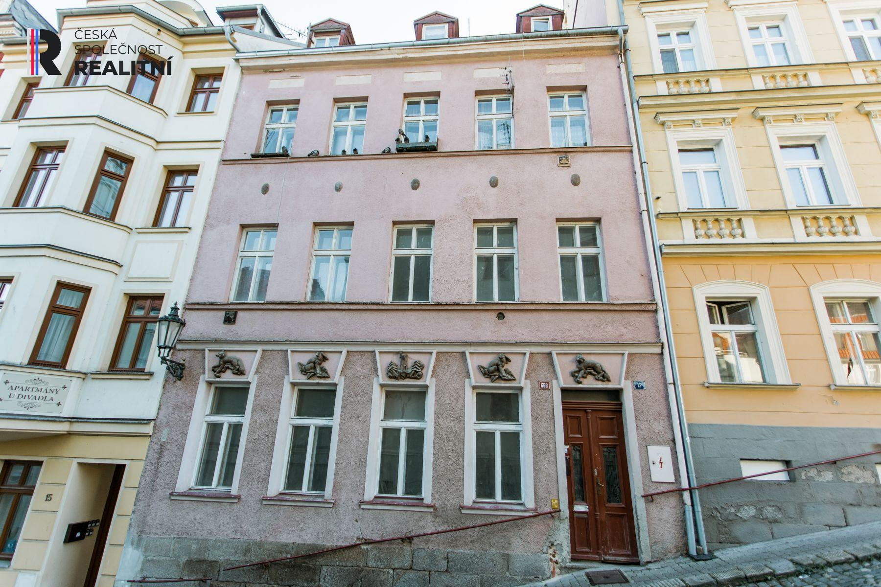 Prodej, Dům RD řadový, 286m2, Karlovy Vary