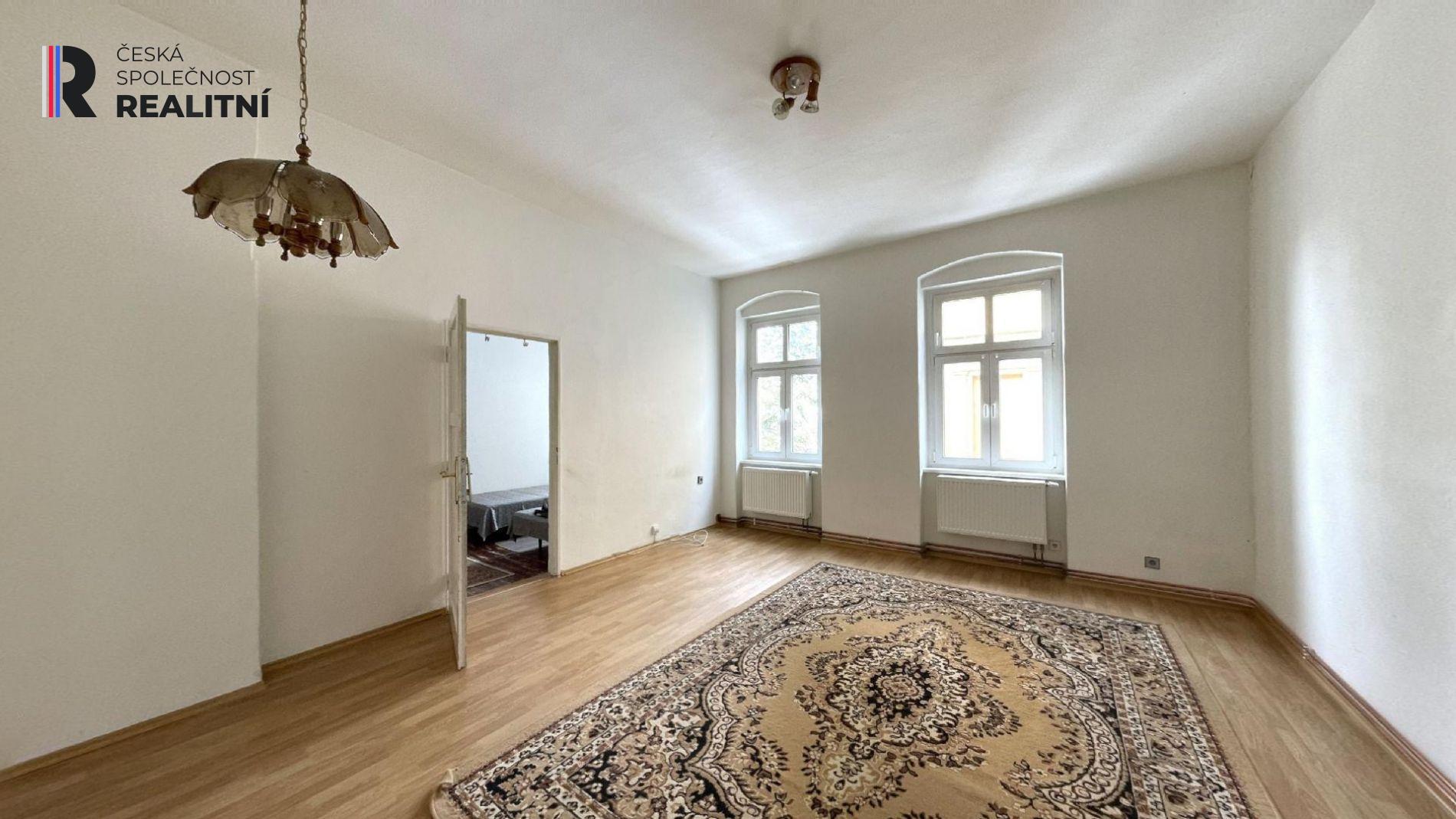 Velkometrážní byt 4+1+5mansard, Kolmá, Karlovy Vary