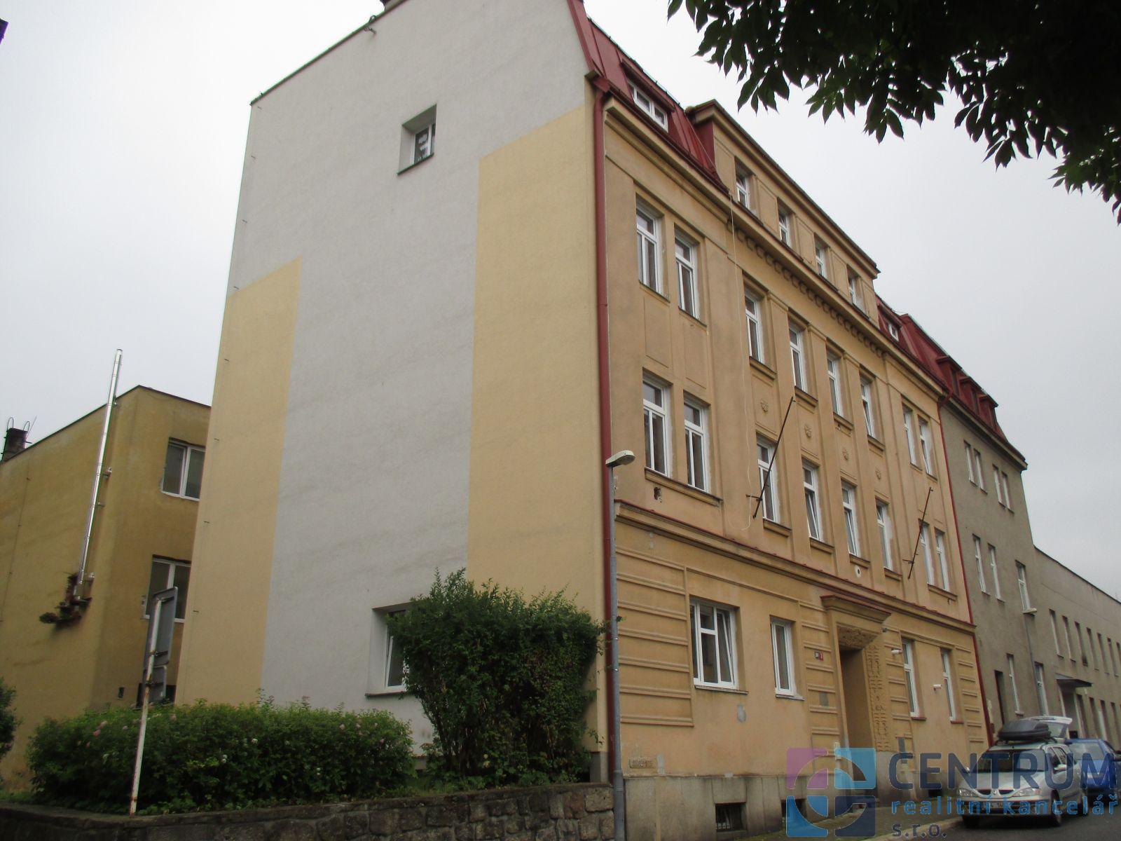 Pronájem bytu 3+1, ul. V Luzích, Jablonec nad Nisou.