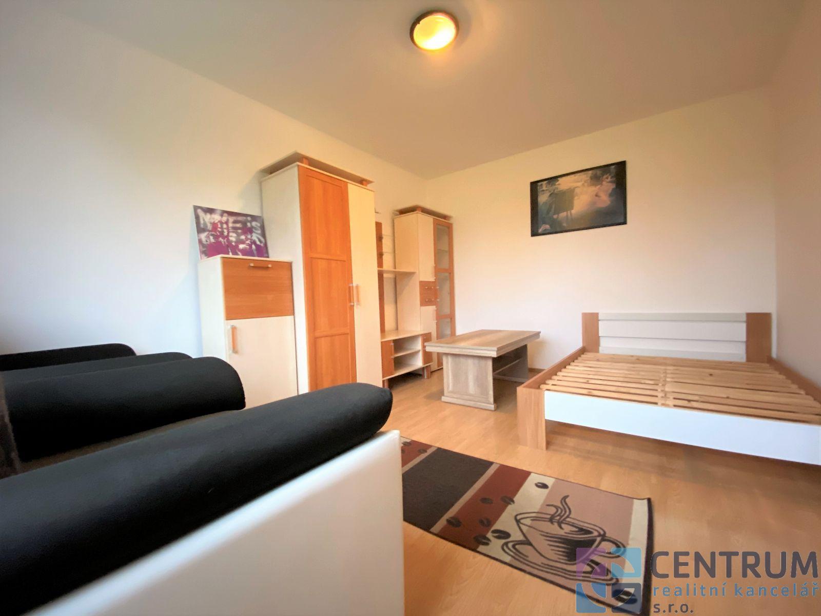 Nabízíme k pronájmu byt 2+kk, ul. Liberecká