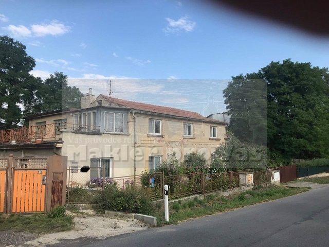 Prodej dvougeneračního domu 2 x 3+1 s pozemkem