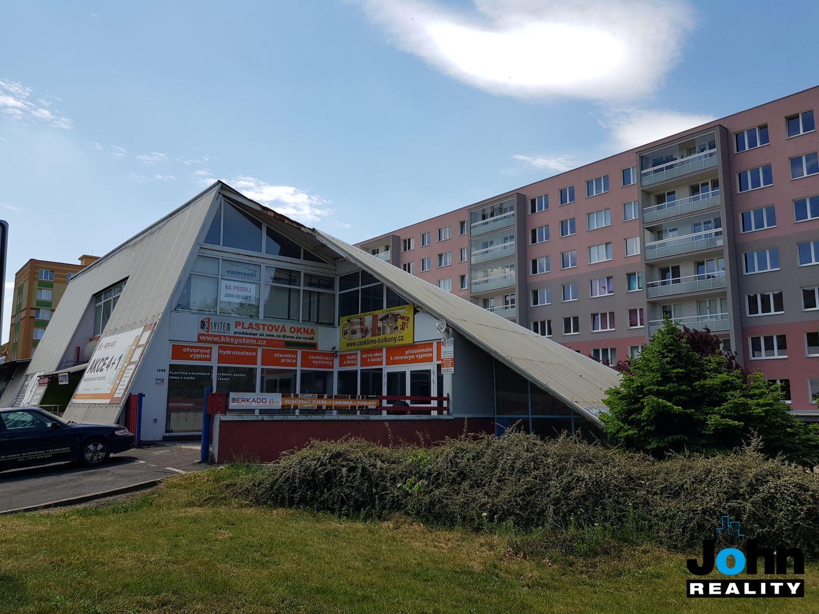 Pronájem obchodního prostoru 170 m2 v Mostě U Mamuta, ul.Česká