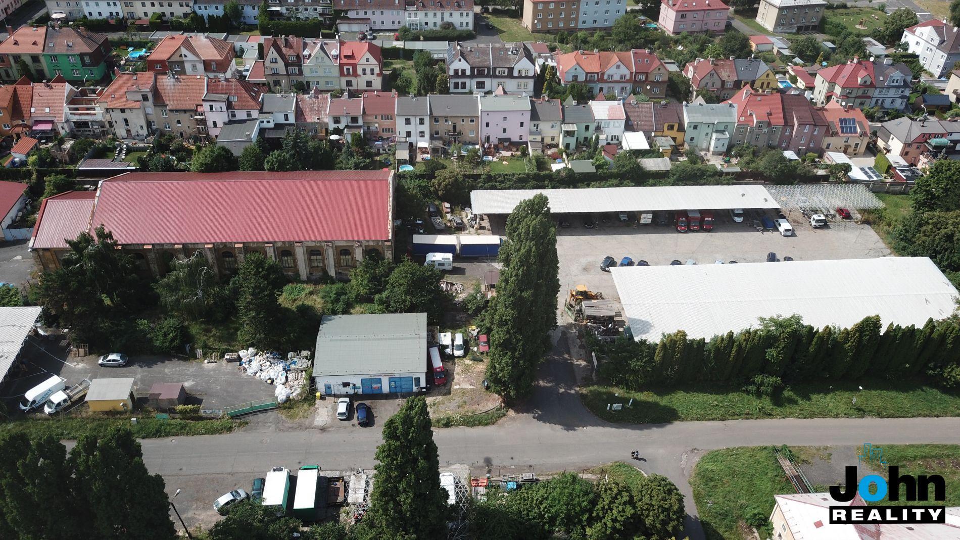 Pronájem haly 1500 m2 s pozemkem 4325 m2 v Mostě