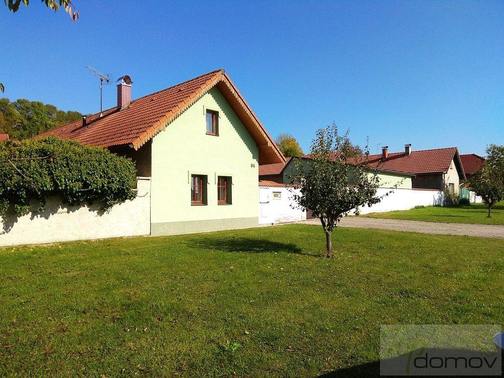 Prodej rodinného domu ve Velenicích