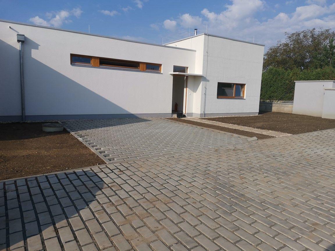 Praha - prodej rodinného domu v Klánovicích
