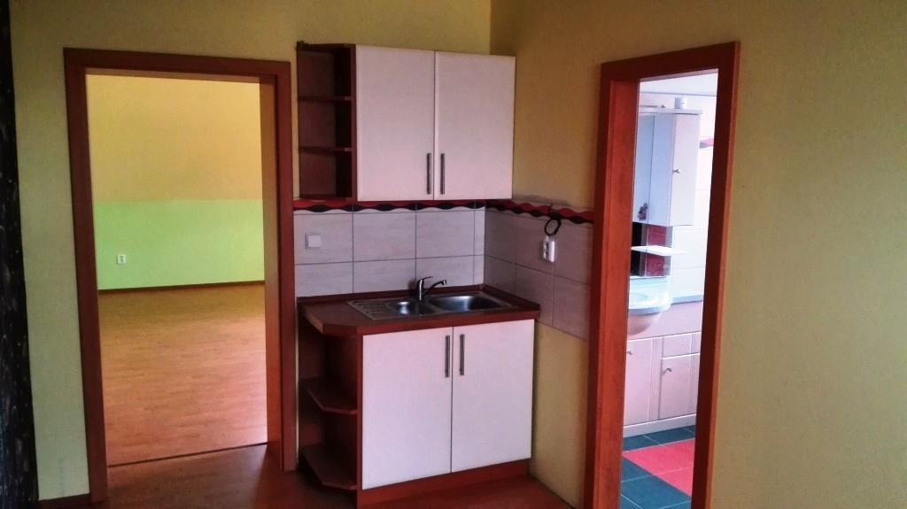 Nadstandardní byty + komerční prostory s restaurací - možnost bezbariérového bydlení