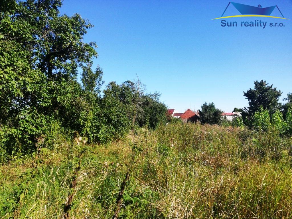 K prodeji zahrada, pozemek ke stavbě domu od 1.400m2 u Kojetína