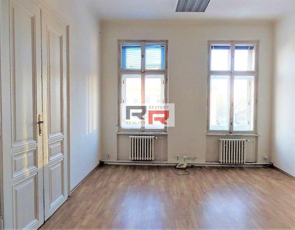 Pronájem kanceláře o velikosti 25,17m2 na tř. Svobody v  Olomouci