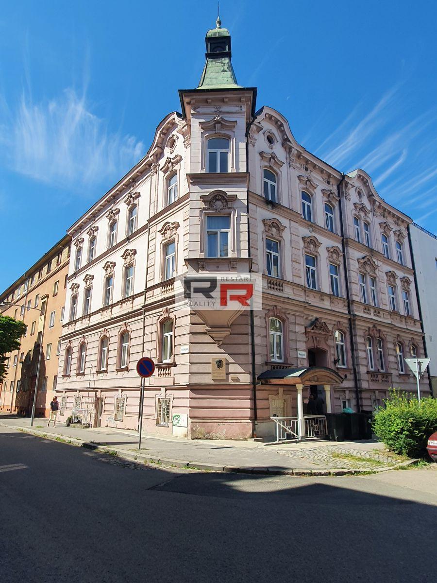 Pronájem bytu 3+KK poblíž centra města Olomouce - ul. Resslova