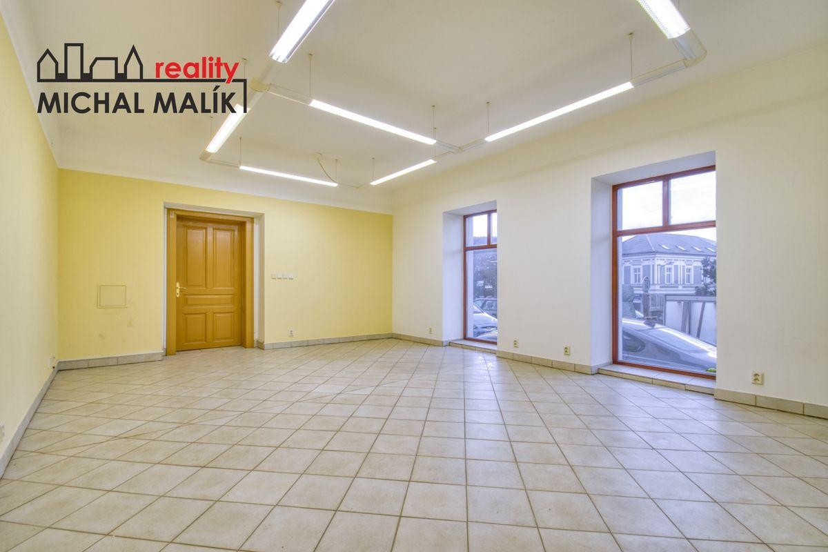 Pronájem obchodních prostor 108 m2, Svatoplukova ul., Hranice