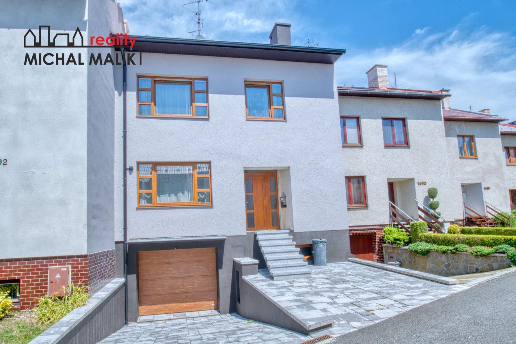 Prodej rodinný dům se zahradou a garáží 6+1, Adolfa Kašpara, Bystřice p/H