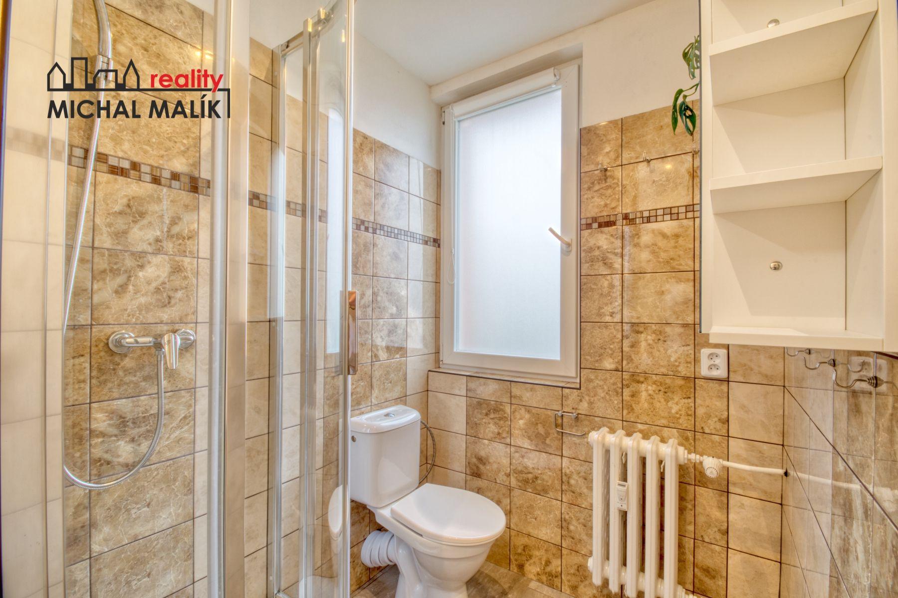 Prodej družstevního bytu 2+1 s lodžií, 47 m2, Na Hrázi, Hranice