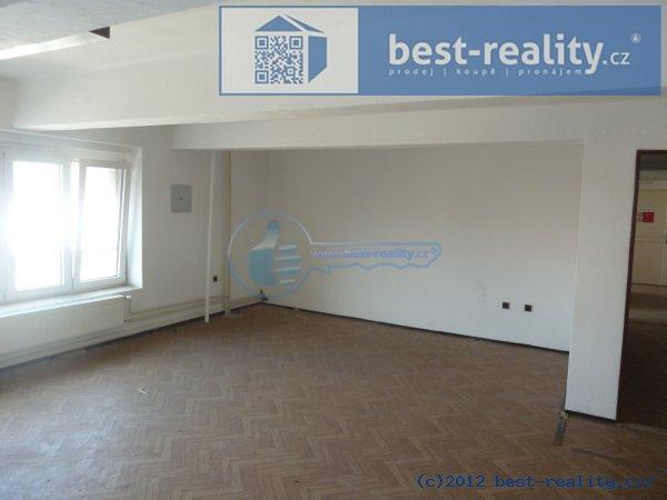 Pronájem skladového prostoru 1 000 m²
