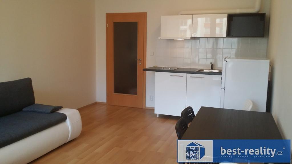 Pronájem bytu 1+kk 30m2, Sazovická, Praha - Zličín