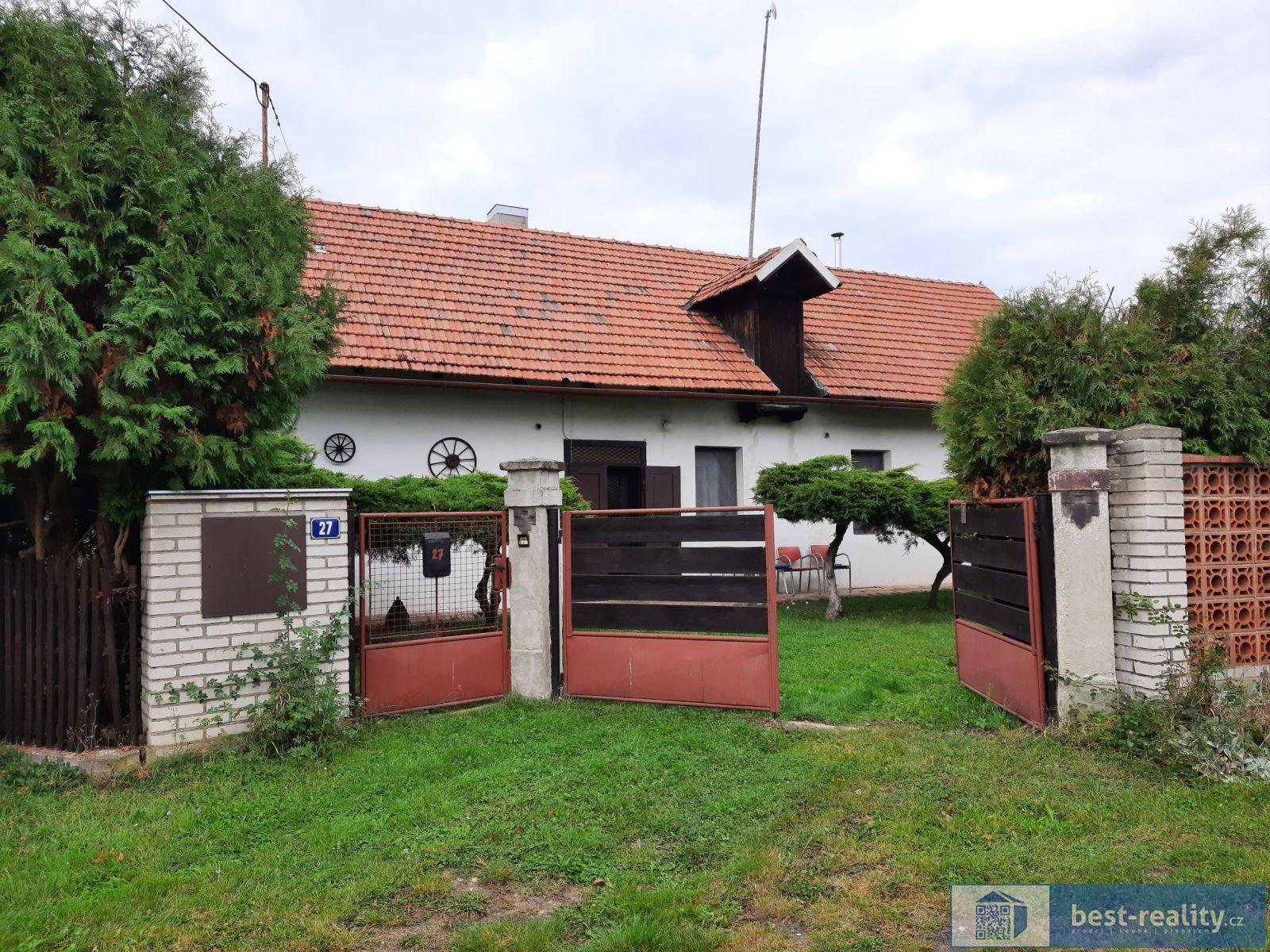 Prodej rodinného domu 220 m2, pozemek 2 416 m2