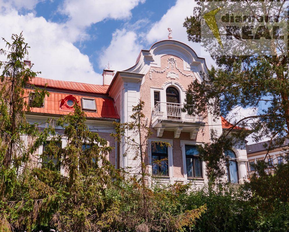 Prodej Vily 167 m2, pozemek 560 m2, Uherský Brod
