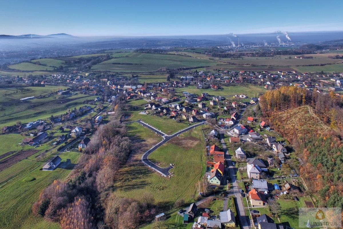 Prodej pozemku pro RD v obci Krhová, 1083m2
