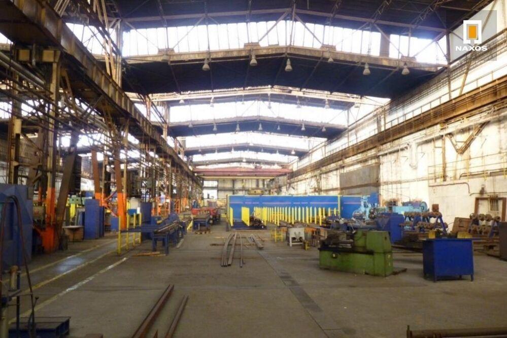 Část průmyslové haly o výměře 350 m2 s mostovými jeřáby, Ostrava