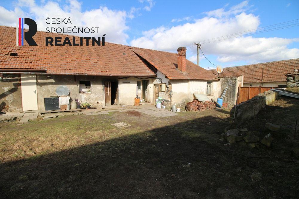 Samostatný rodinný dům, obec Tasov, 250 m2