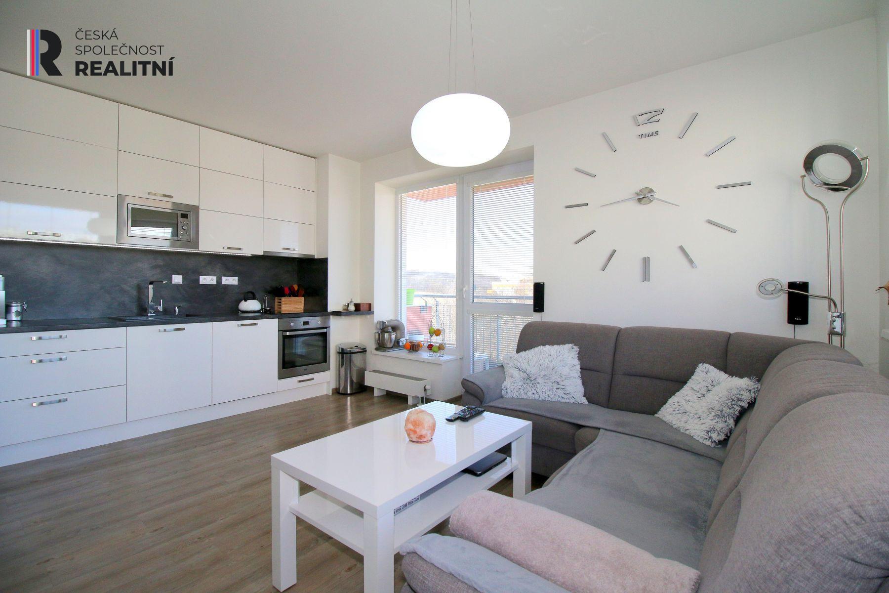 Prodej bytu 5+kk se 2 balkony, Hvozdecká, Brno Žebětín