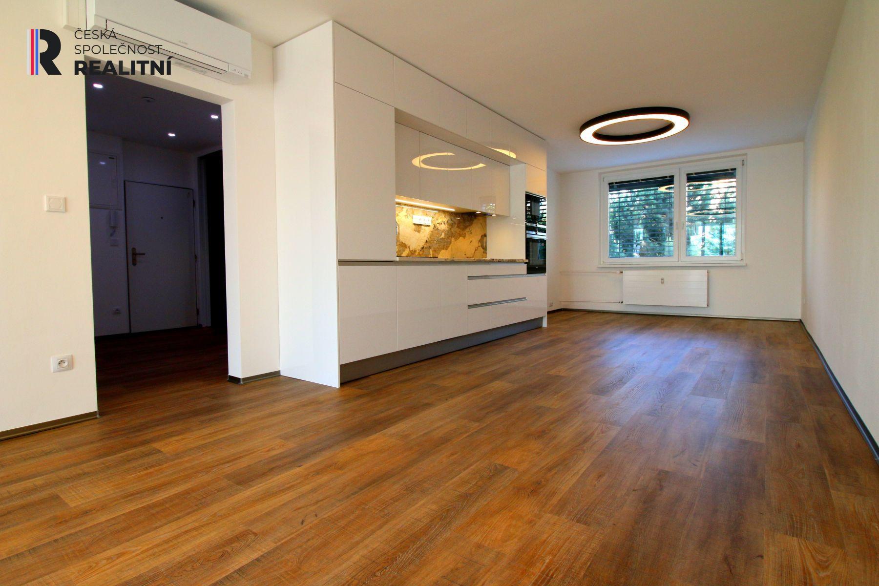 Pronájem bytu 2+kk s balkonem, 78 m2, Fleischnerova, Brno Bystrc