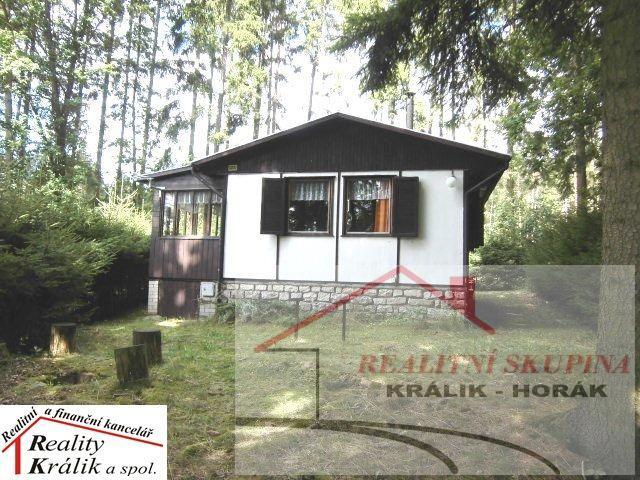 Rekreační chata  v blízkosti rybníka Svěcený, Černíny, Kutnohorsko