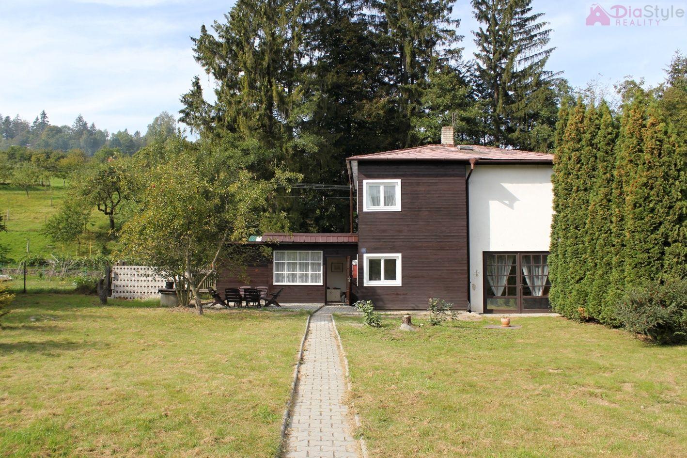 Prodej domu se stavebním pozemkem Rajnochovice
