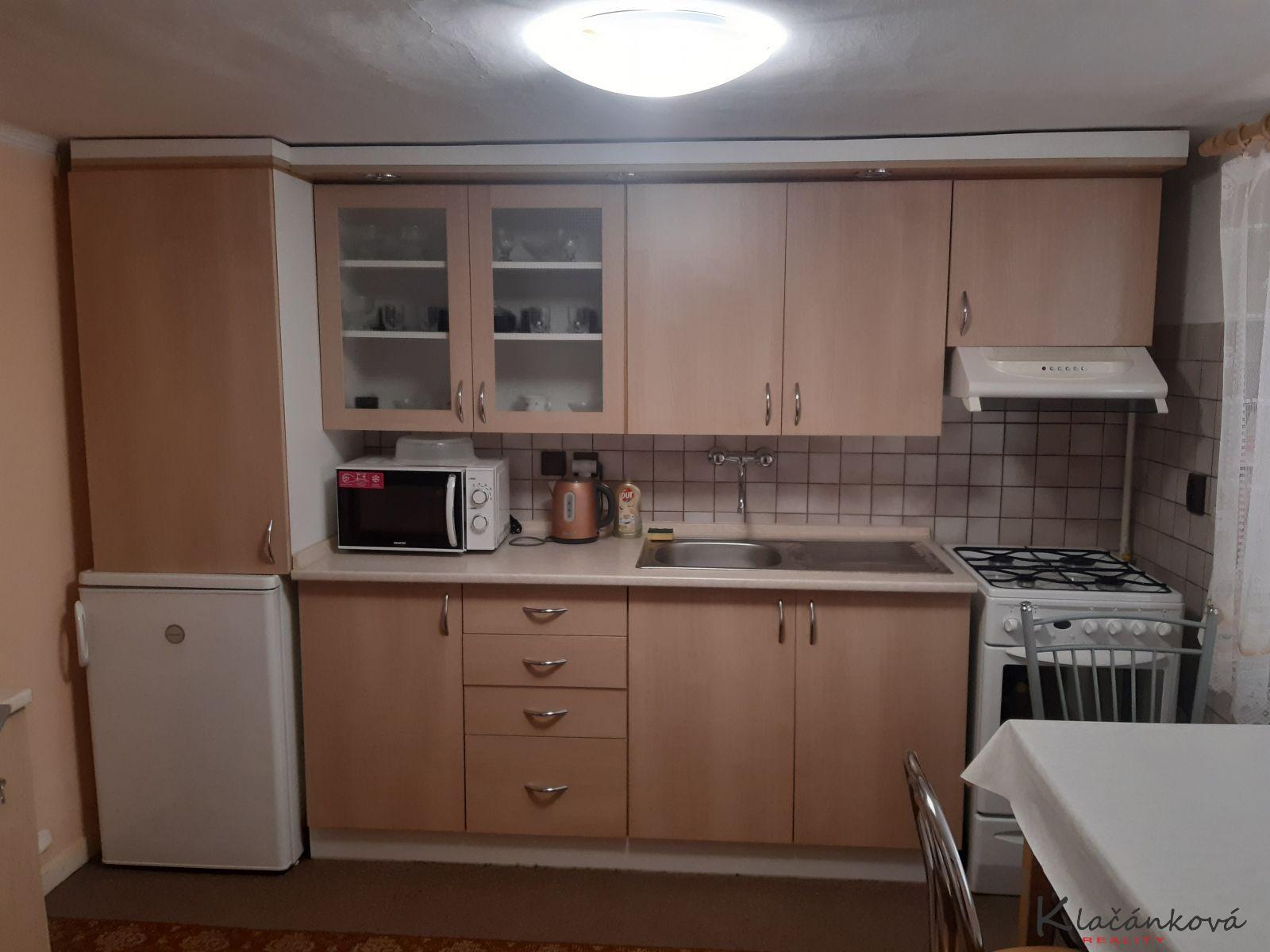 Pronájem bytu 1+1 v RD Zlín