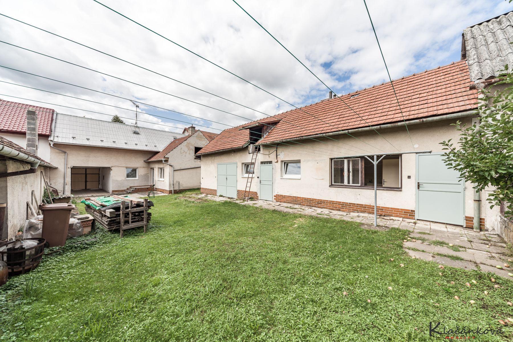 Prodej ŘRD 4+1 /Z/,812m Tečovice