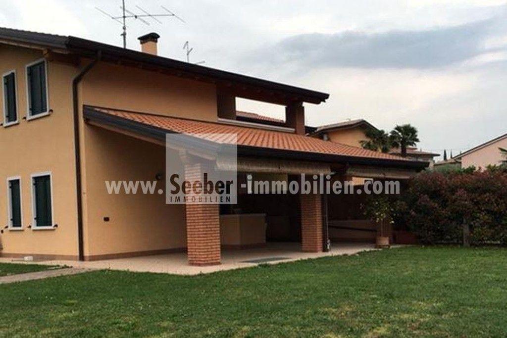 Prodej apartmánů, moderní dům u Gardského jezera