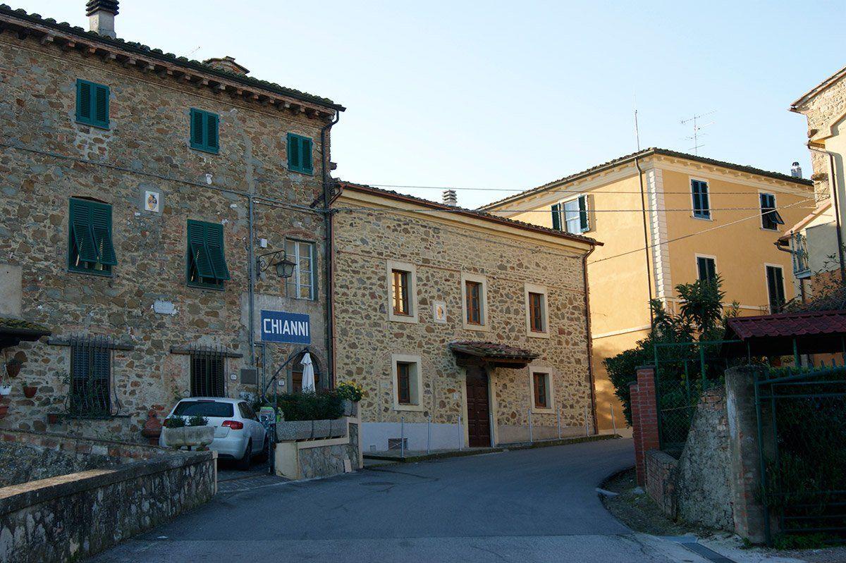 Pěkný byt v centru Chianni
