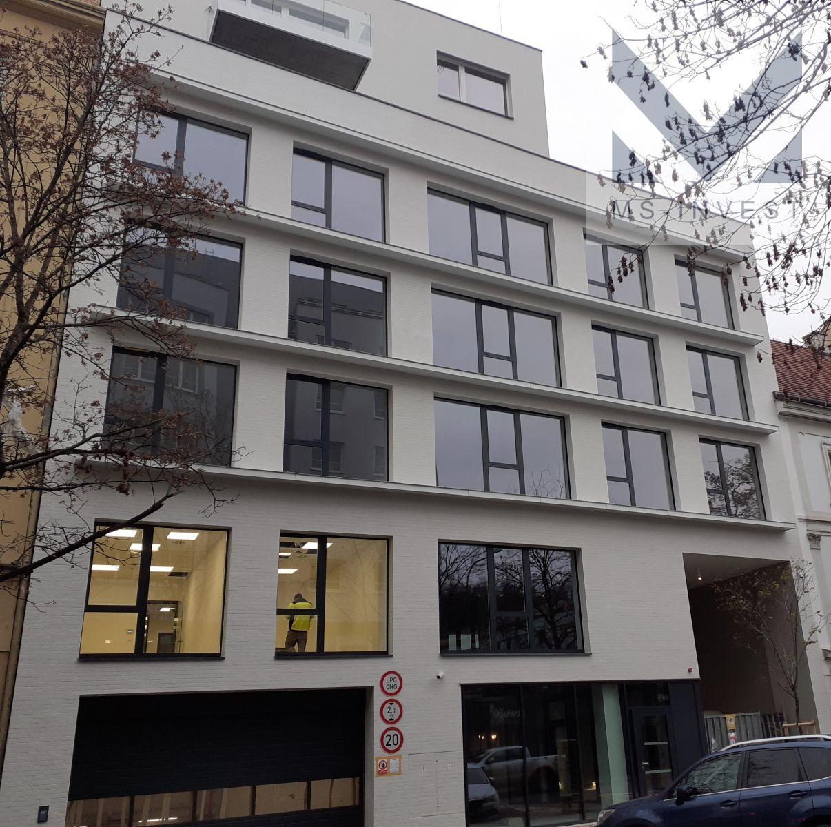 Prodej obchodního prostoru 220 m2 (D.02.07)