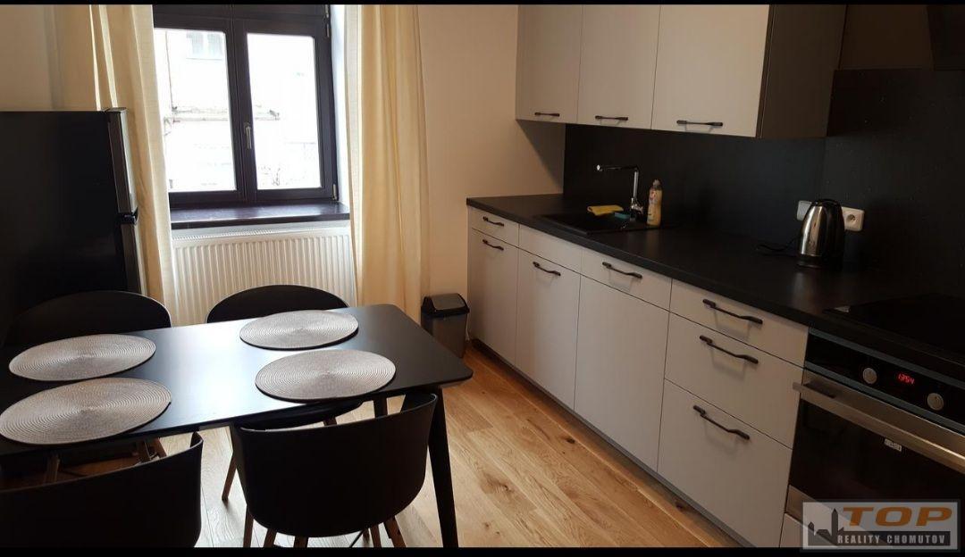 Pronájem apartmánu v centru Chomutova, ul. Klostermannova
